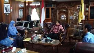 Manajemen SDIT Ukhuwah saat diterima Walikota Banjarmasin